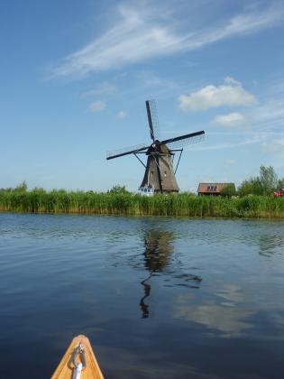 Windmill in the distance, Kinderdijk