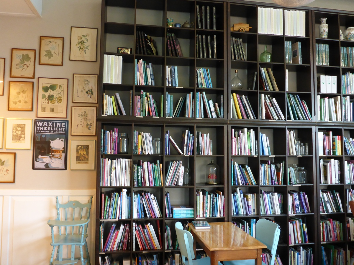 The wall of Plant books at Esveld in Boskoop