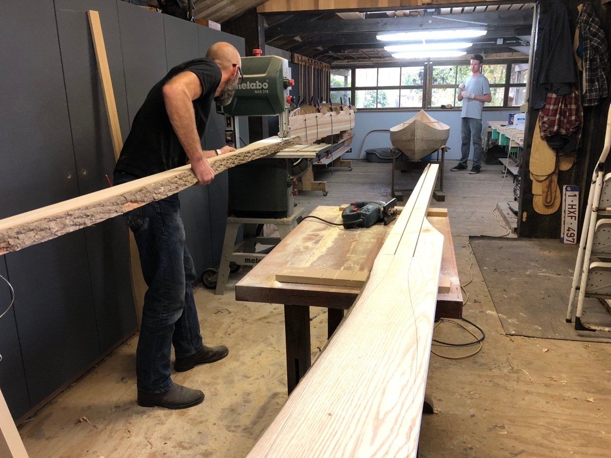 Bart cutting an oar from a piece of white ash. He has been commissioned to make ten for a rowing club.