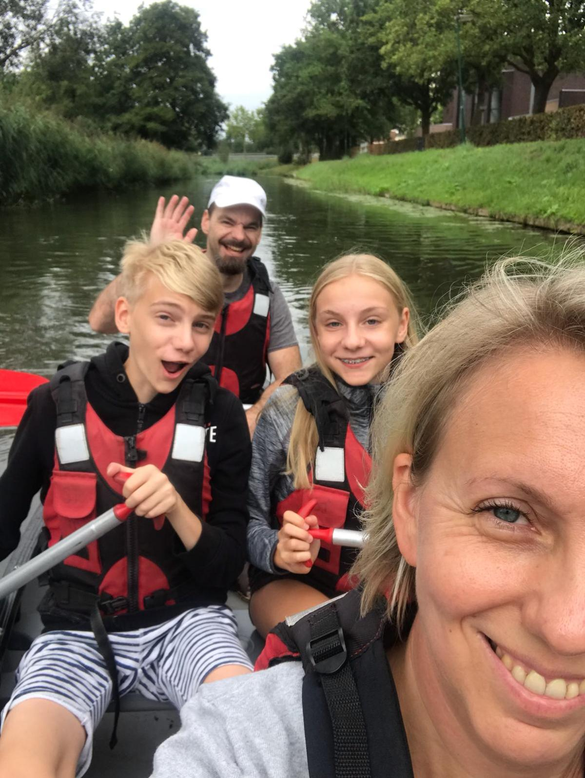 Dutch family on a canoe paddle