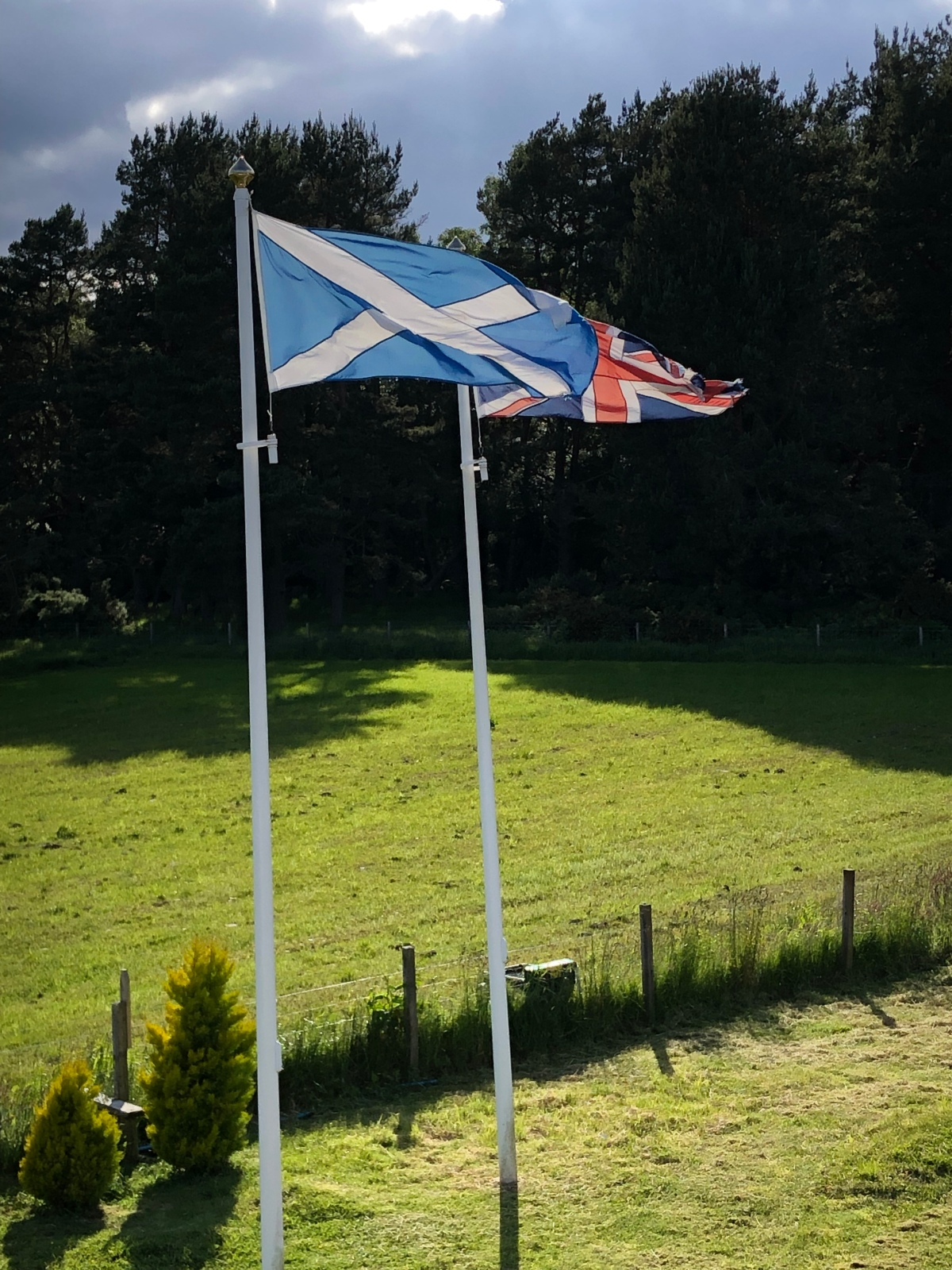 The Scottish and Union Jack flags