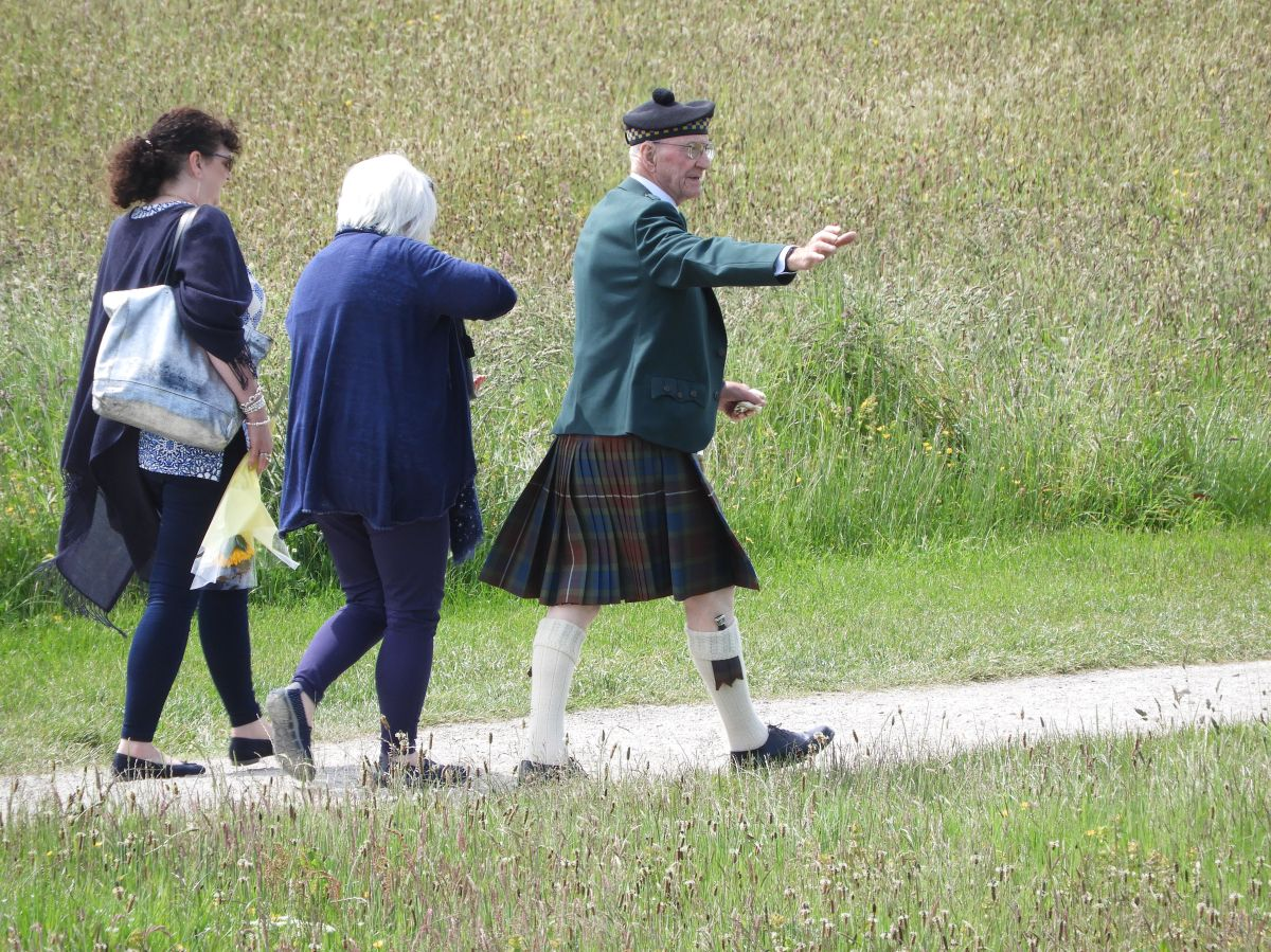 Group of visitors at the Culloden Battlefield
