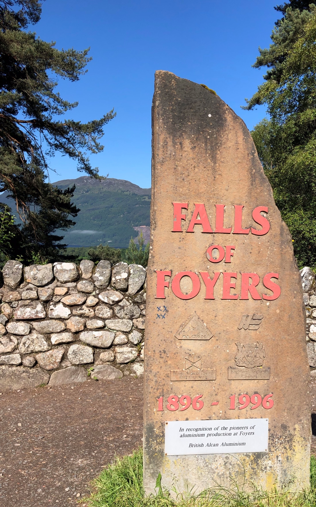 Stone Marking the entrance to Falls of Foyers