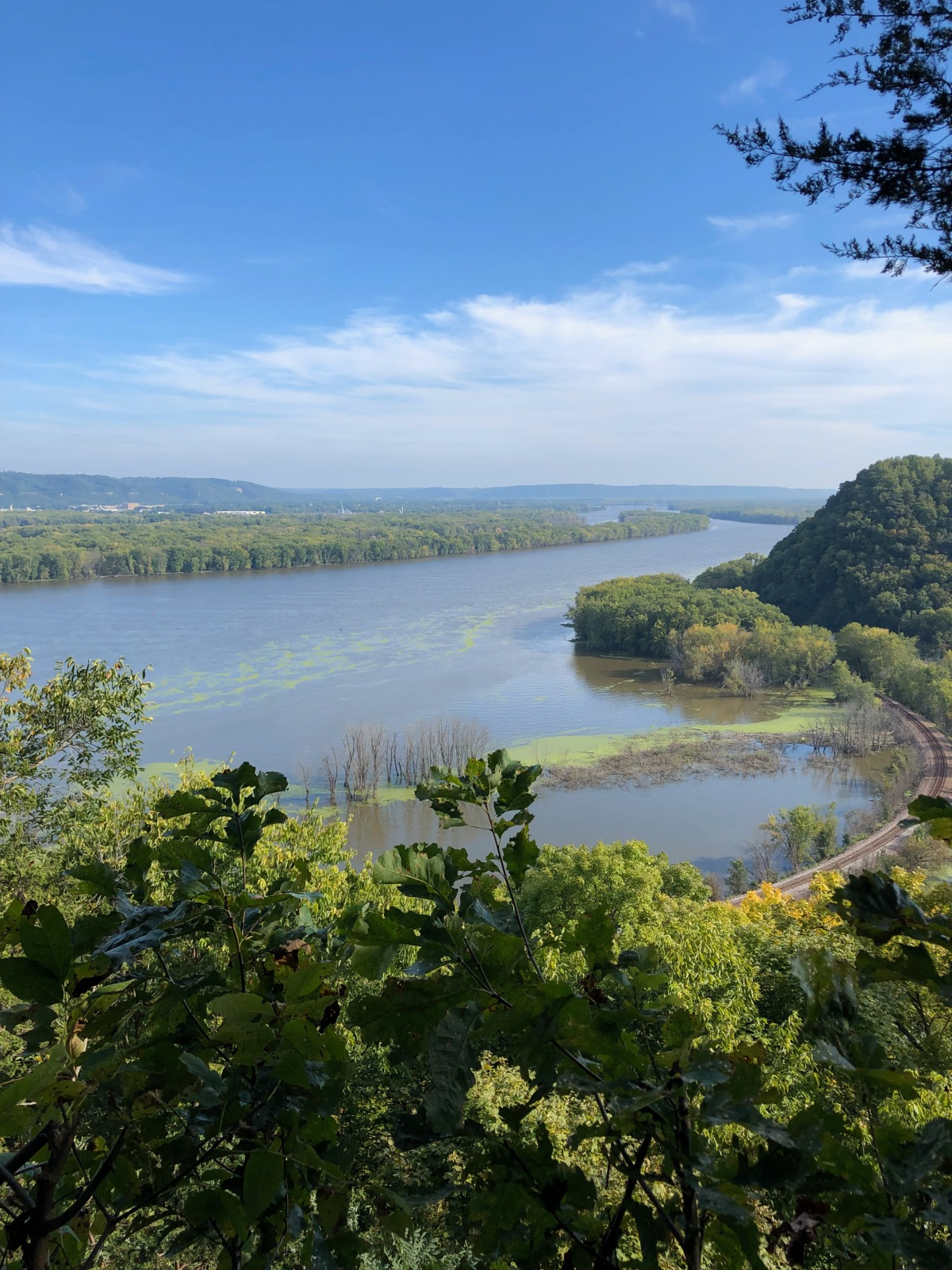 The view of the Mississippi River from Effigy Mounds